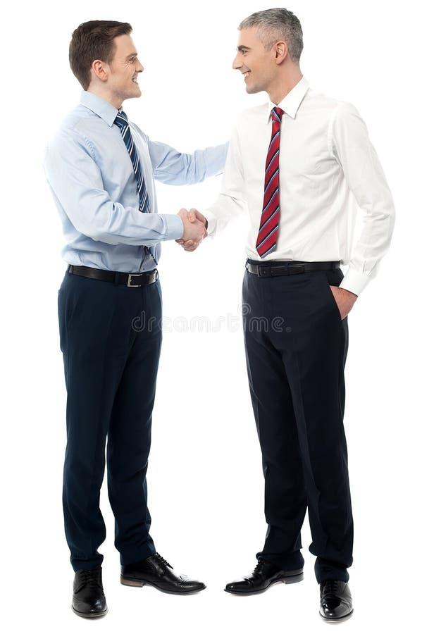 Se ha concluido el trato. imagenes de archivo