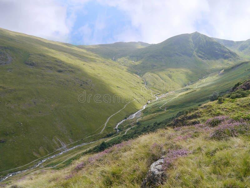 Se ner Glenridding den gemensamma dalen, sjöområde royaltyfri foto