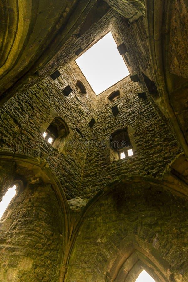 Se upp St Michaels Tower, Glastonbury Tor royaltyfria foton