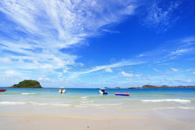 Download Sea And Boat Flowing Royalty Free Stock Photos - Image: 26548818