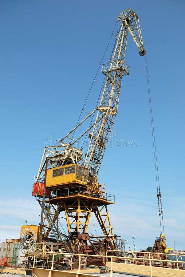 Download Sea Platform With The Crane Stock Photos - Image: 15147473