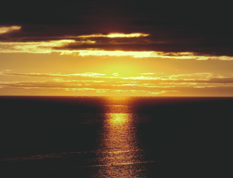 Sea Under Yellow And Black Sky During Golden Hour Free Public Domain Cc0 Image