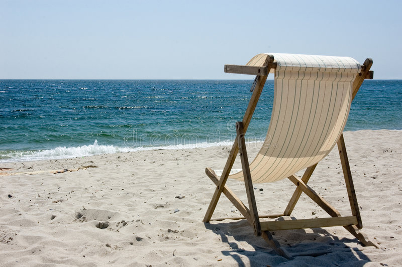 Download The Sea Waits Royalty Free Stock Photography - Image: 1904117