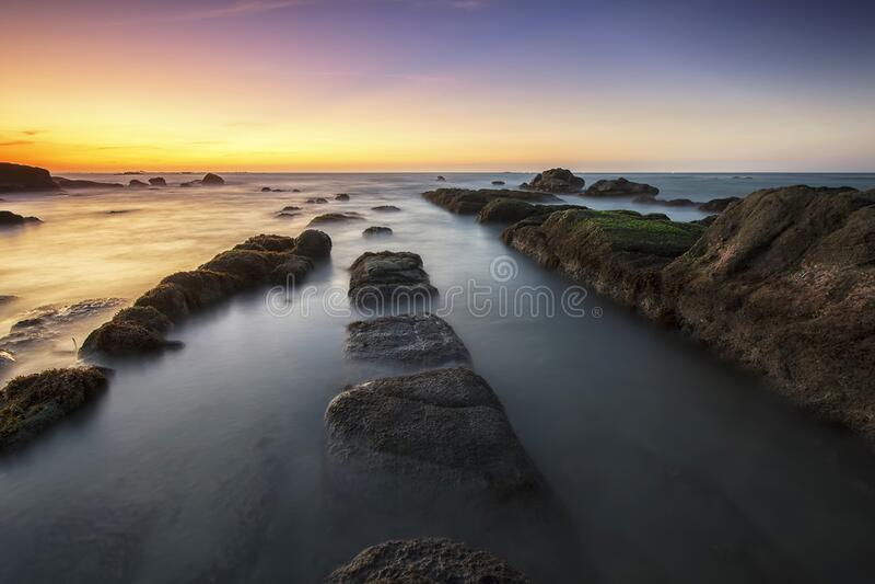 Sea Water Near Shore During Dusk Free Public Domain Cc0 Image