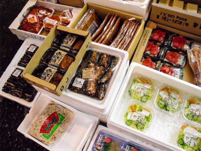 Seafood at the Tsukiji Fish Market in Tokyo stock images
