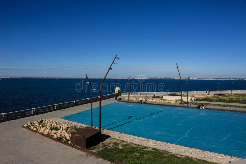 seafront arkivfoton