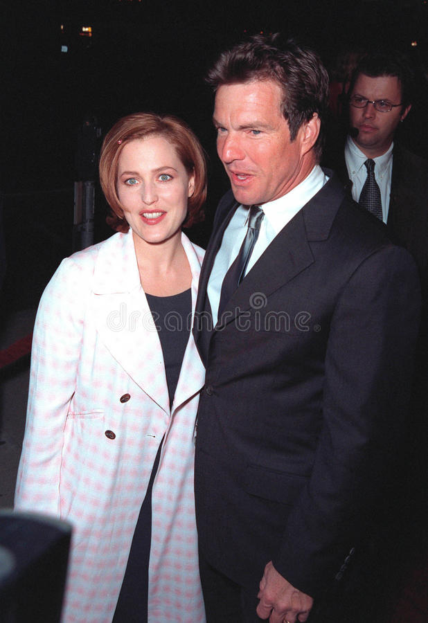 Download Dennis Quaid,Gillian Anderson Editorial Photo - Image of 10dec98, featureflash: 27214006