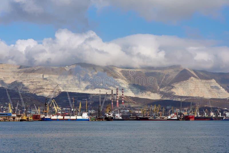 seaport royaltyfria bilder