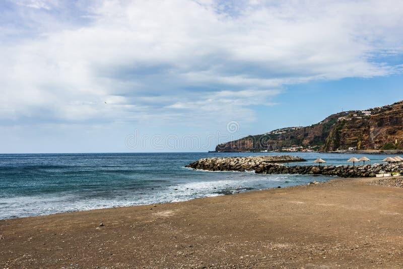 Seascape παραλιών στο νησί της Μαδέρας, Πορτογαλία στοκ εικόνα