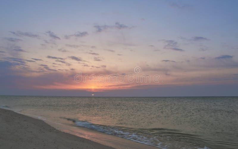 Seascape утра, красивый восход солнца стоковое фото rf