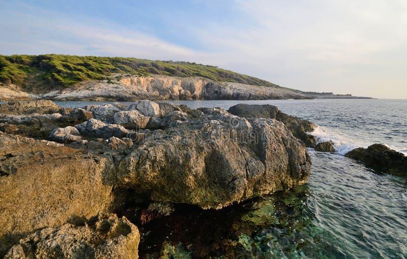 Seascape de ilhas de Tremiti em um dia de verão imagem de stock royalty free