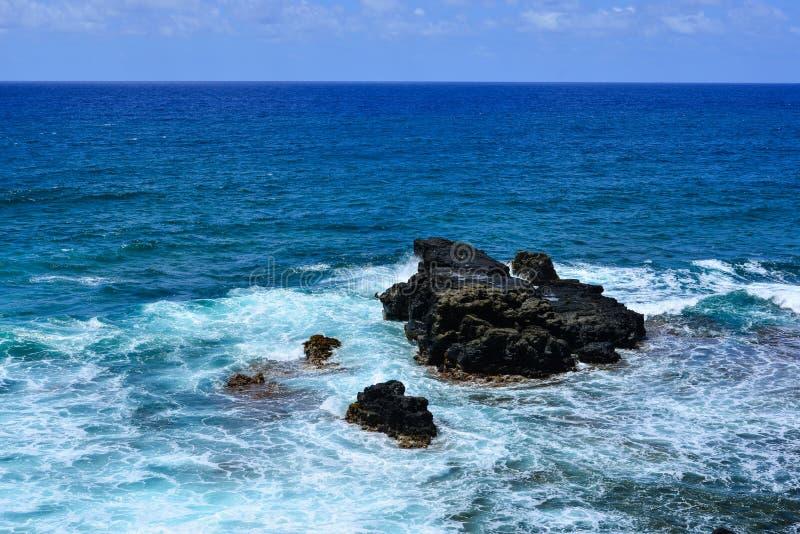 Seascape de Le Morne no verão em Maurícias imagem de stock royalty free