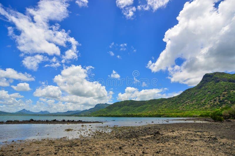 Seascape em Le Morne, Maurícias imagem de stock royalty free