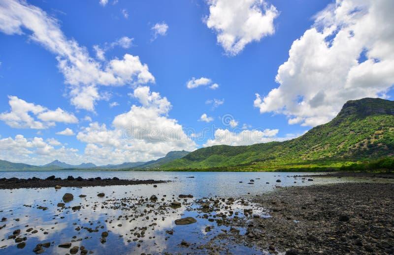 Seascape em Le Morne, Maur?cias foto de stock royalty free