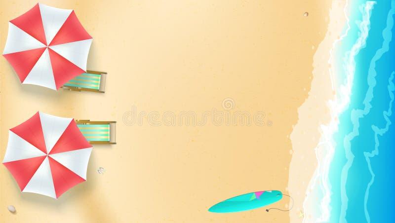 Seascape, litoral com Sandy Beach Vista superior da praia do verão com as ondas da ressaca, guarda-chuva de sol, cadeiras de plat ilustração stock