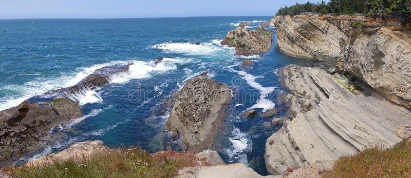 Seascape litoral de Oregon - panorama fotografia de stock