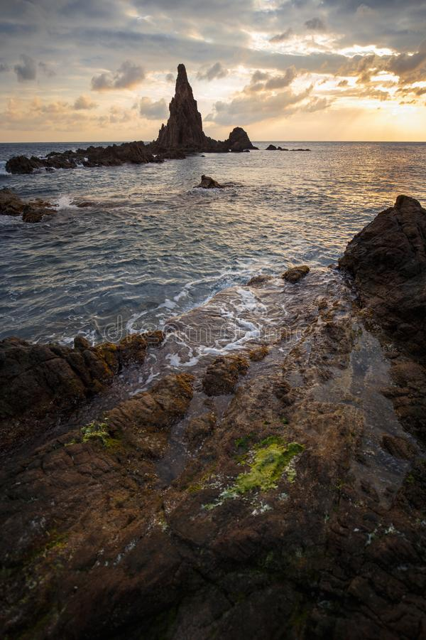Seascape na zmierzchu, Cabo de Gata, almerÃa, Hiszpania obraz stock