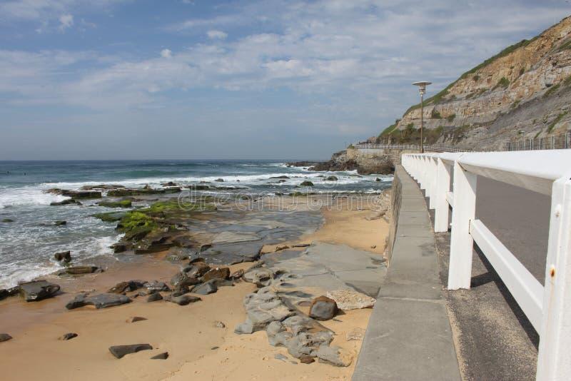 Seascape Newcastle plaża w Australia fotografia stock