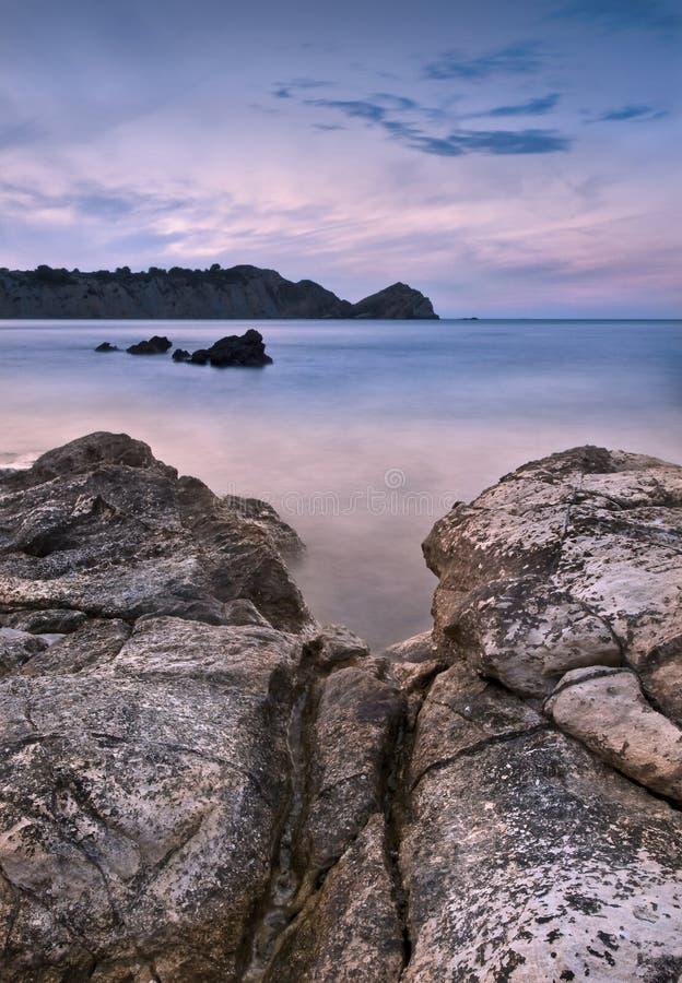 Seascape no crepúsculo fotografia de stock
