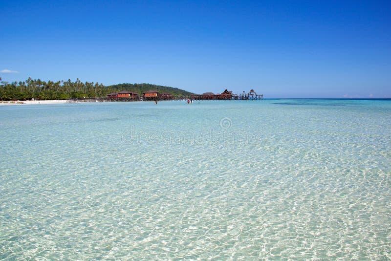 Seascape tropical bonito no arquipélago de Derawan fotografia de stock