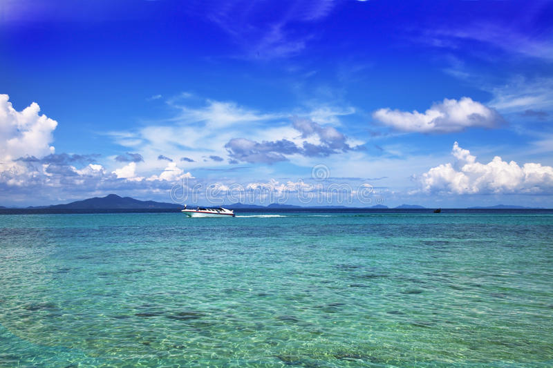 Download Seascape. Turquoise Water Royalty Free Stock Photography - Image: 15059027