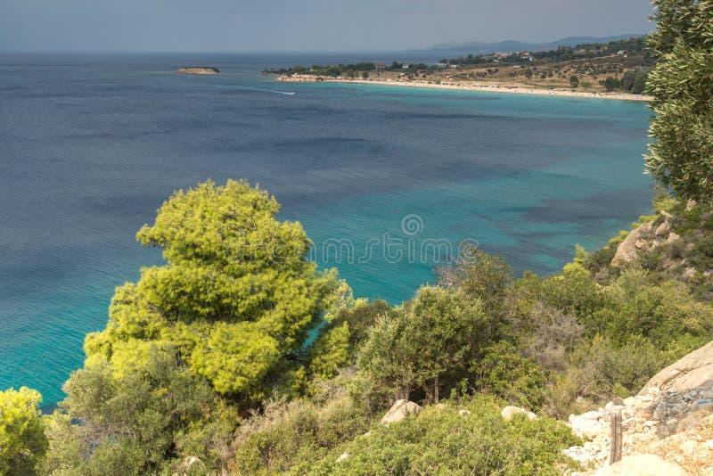 Seascape z ażio Ioannis plażą przy Sithonia półwysepem, Chalkidiki, Środkowy Macedonia, Grecja zdjęcie stock