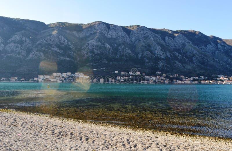 Seashore op baai stock foto
