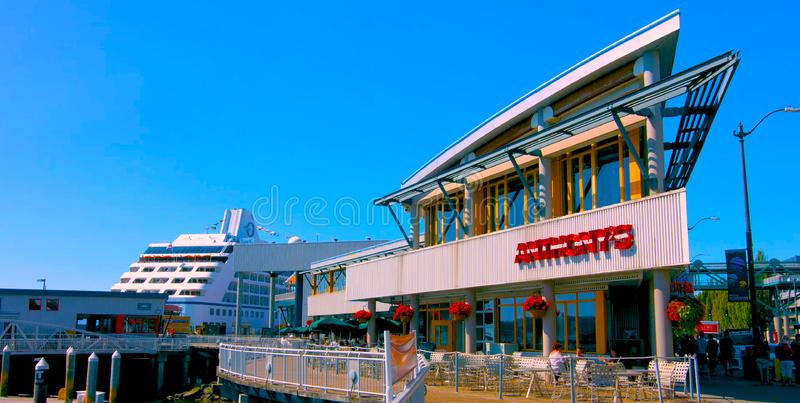 Seaside restaurant at evening in Seattle, Washington, USA mai 9, 2019 Downtown Seattle stock photos