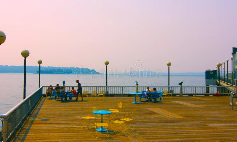 Seaside restaurant at evening in Seattle, Washington, USA mai 9, 2019 Downtown Seattle,Sit on the sea stock photo