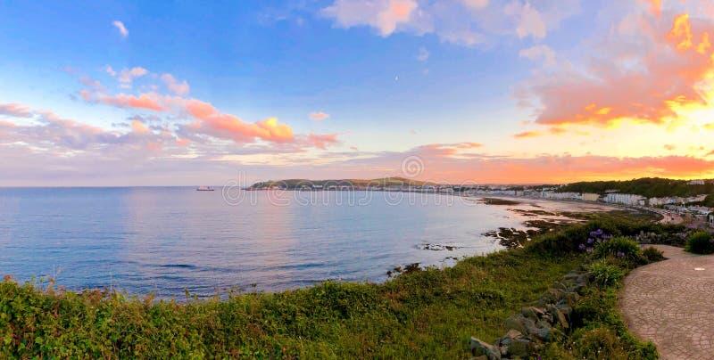 Seat donnant sur Douglas Bay Isle de l'homme photo libre de droits