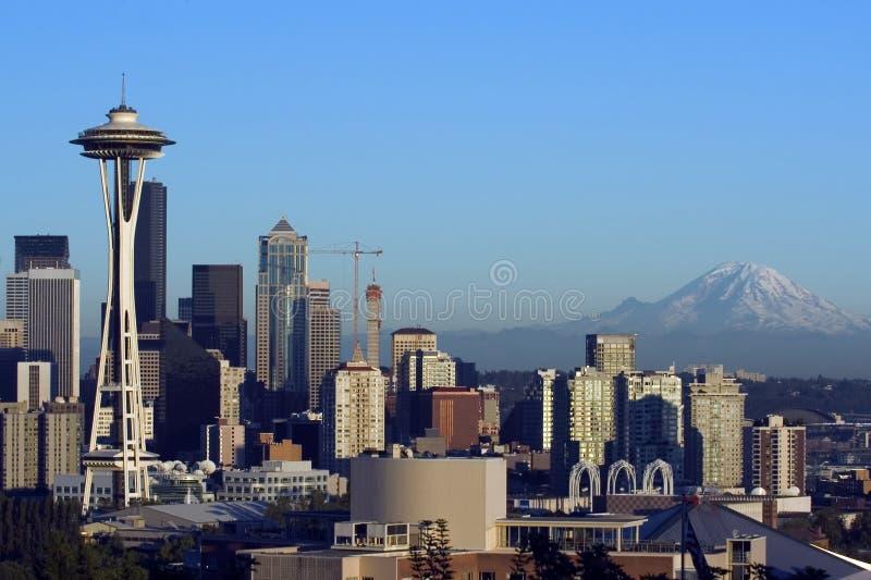Seattle bij dageraad stock fotografie
