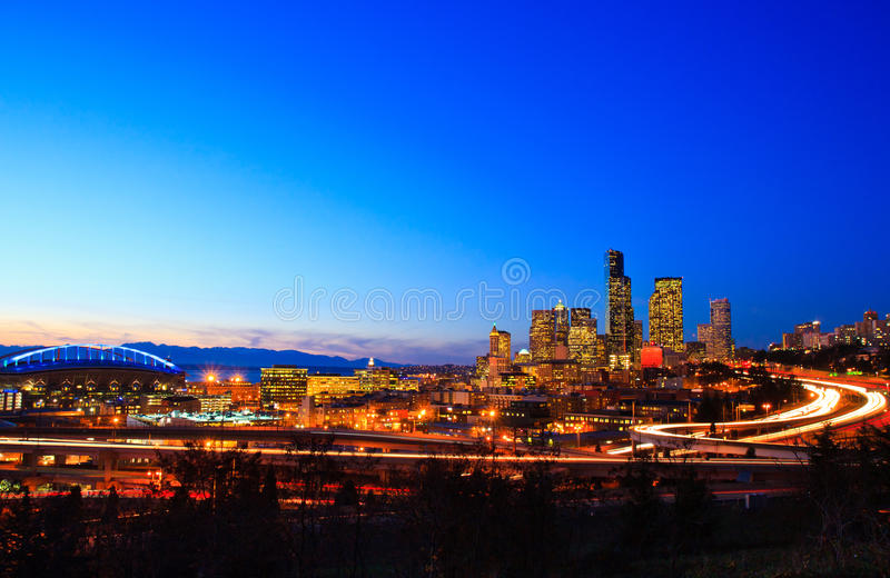Download Seattle City Skyline At Dusk Stock Image - Image of scenic, buildings: 21058493