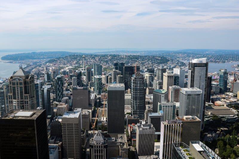 Seattle, EUA, o 31 de agosto de 2018: Vista panorâmica aérea da arquitetura da cidade de Seattle imagem de stock royalty free