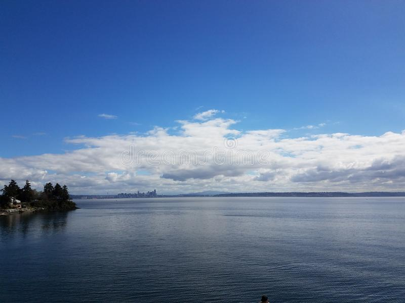 Seattle im Abstand lizenzfreies stockfoto