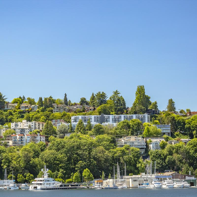 Seattle-Küstenhäuser und -boote im Union See stockbilder