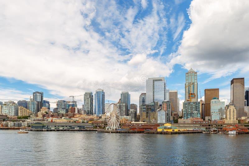 Seattle linia horyzontu i nabrzeże widok, stan washington, usa zdjęcie royalty free