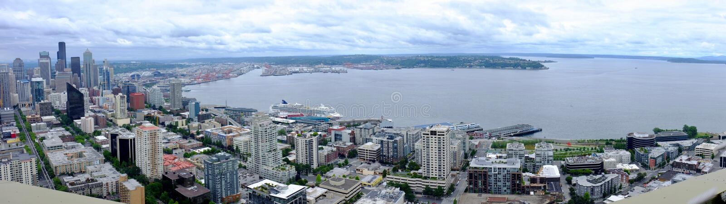 Seattle, lungomare di Wahsington panoramico fotografie stock libere da diritti