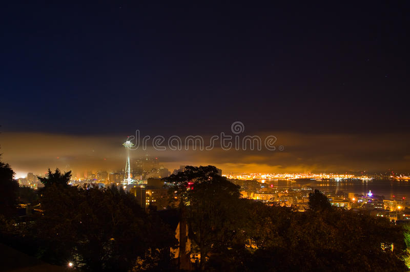 Seattle na névoa da manhã imagens de stock royalty free