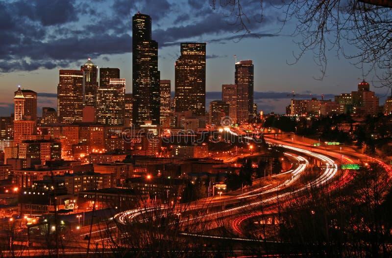Seattle na noite imagens de stock royalty free