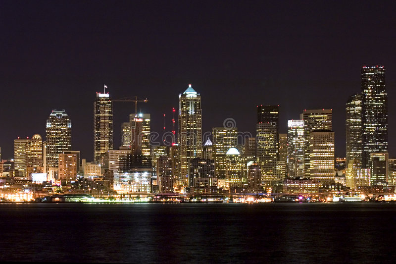 Download Seattle At Night Royalty Free Stock Image - Image: 177036