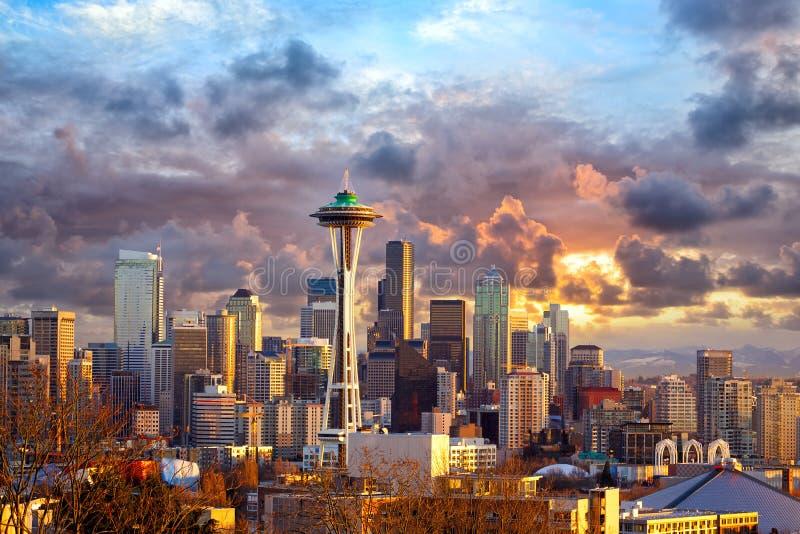 Seattle no por do sol fotos de stock royalty free