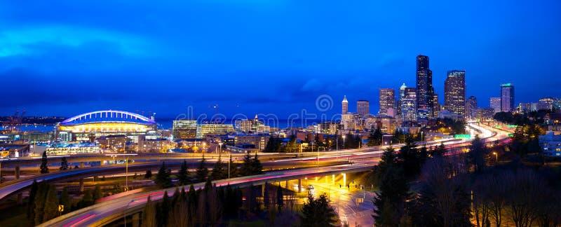 Download Seattle panorama zdjęcie stock. Obraz złożonej z nowożytny - 28620548