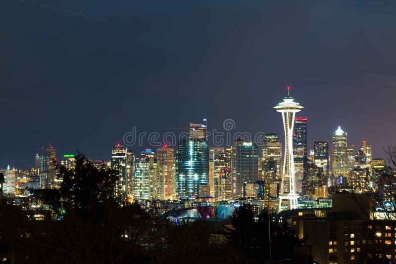 Seattle por noche fotos de archivo libres de regalías