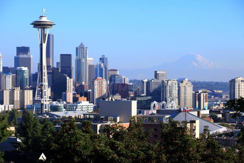 Seattle skyline & Mt. Rainier, Washington state. royalty free stock photo