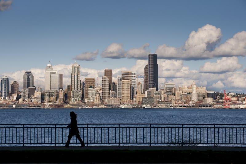 Seattle-Skyline von Westseattle stockfotografie