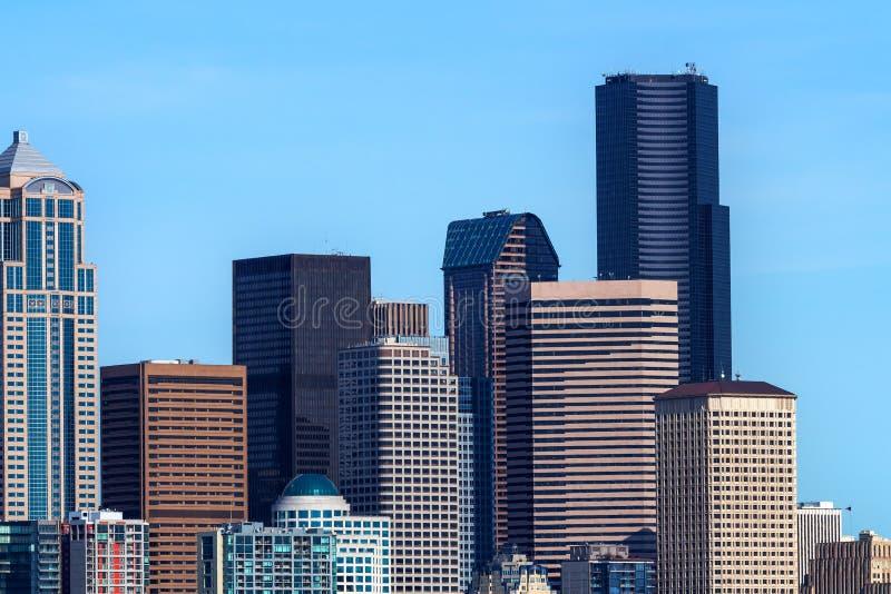 Seattle står högt Cityscapebyggnader Washington fotografering för bildbyråer