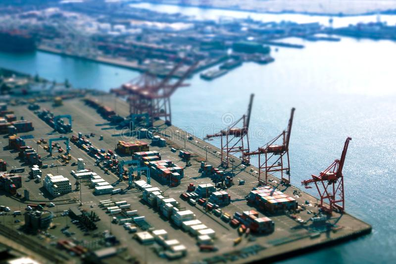 Seattle USA, Augusti 31, 2018: Port av Seattle längs Puget Sound, sikt från Smith Tower arkivbild