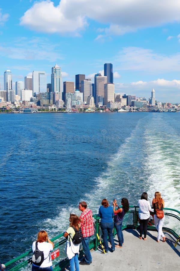 Seattle, WA - 23 mars 2011 : Vue du centre de ferry images libres de droits