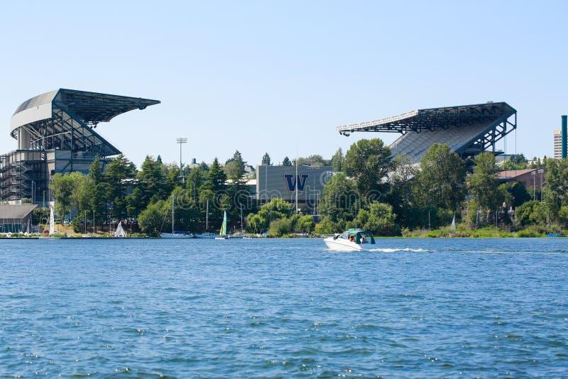 Seattle, WA - Marzec 23, 2011: University Of Washington - husky stadium fotografia royalty free