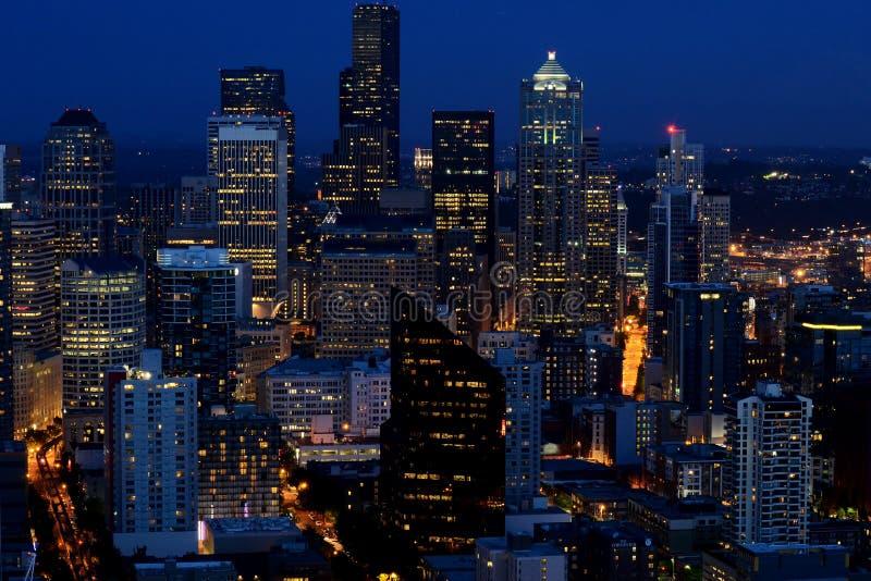 Seattle, WA w wieczór obrazy stock